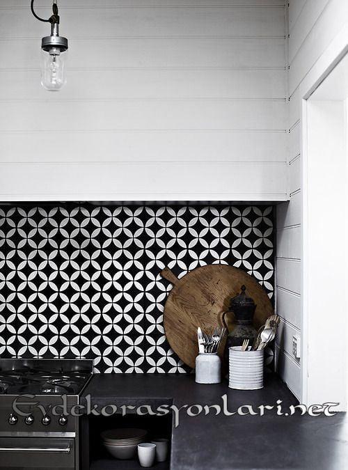siyah beyaz mutfak tezgah arasi seramik modeli