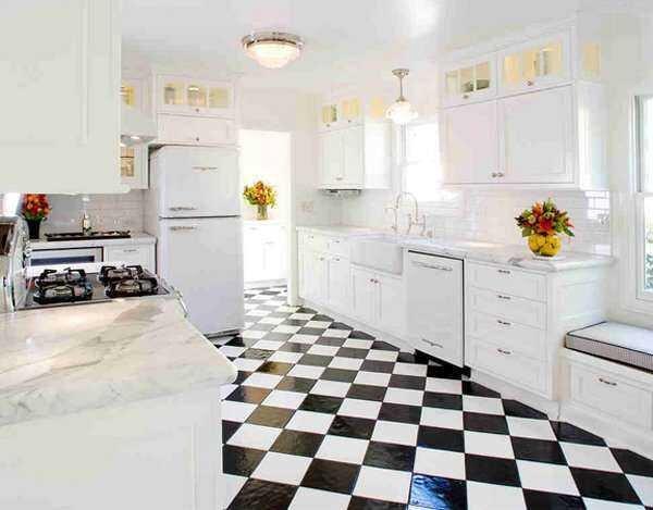 siyah beyaz retro mutfak dekorasyonu