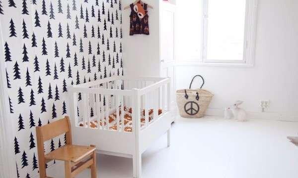 siyah-beyaz-tasarim-bebek-odasi-takimlari