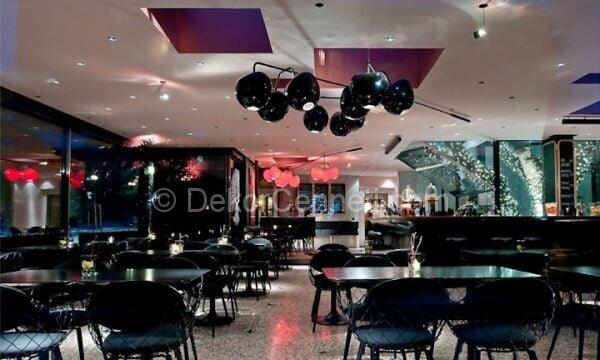 siyah restoran dekorasyonu