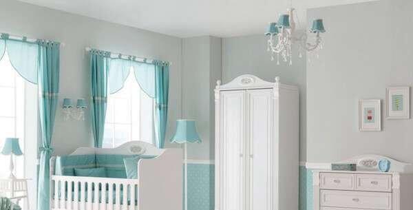 su-yesili-modern-bebek-odasi-dekorasyonu