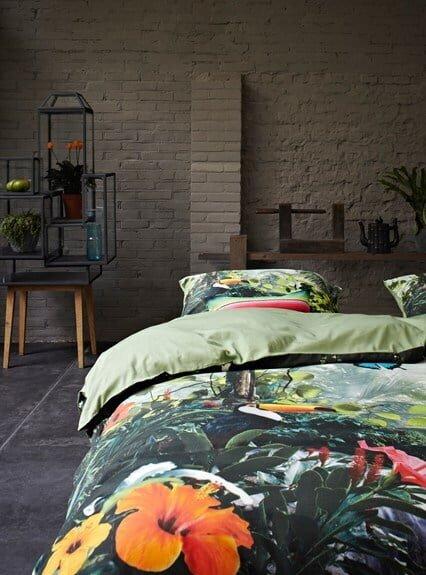 taş yatak odası duvarları