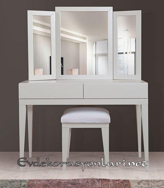 uc parca aynali beyaz modern makyaj masasi modeli