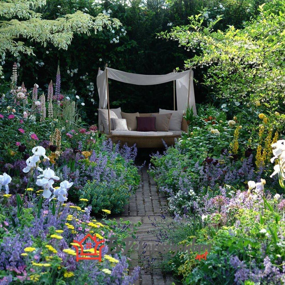 Yaz Bahçesi Dekorasyonu Nasıl Olmalı ?