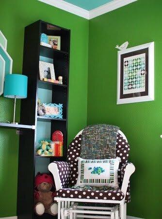 yeşil çocuk odası dekorasyonu