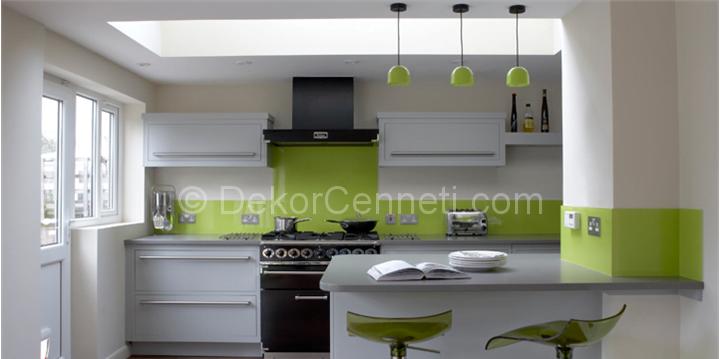 yeşil ve tonlarıyla mutfak dekorasyonu
