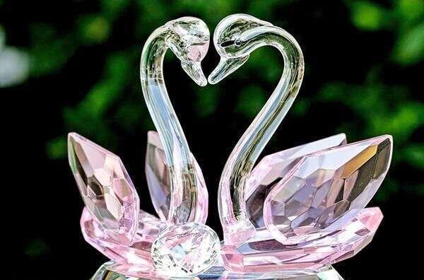 yeni-evlenenlere-romanyik-ev-hediyesi-fikirleri