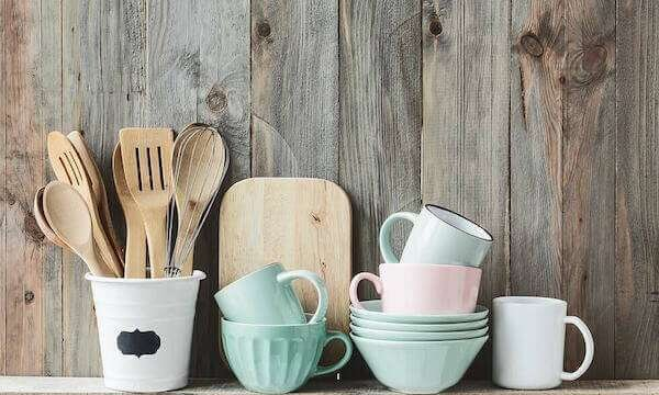 yeni-evlenenlere-seramik-mutfak-hediyesi-fikirleri