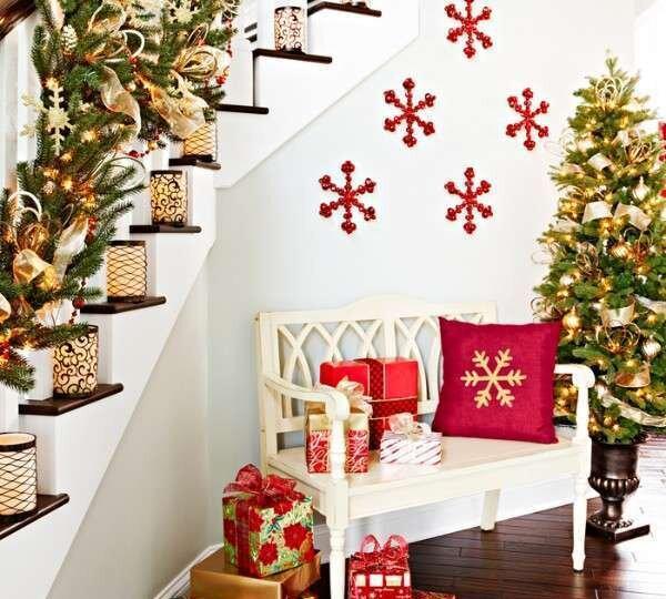yilbasi-merdiven-dekorasyon-ornekleri